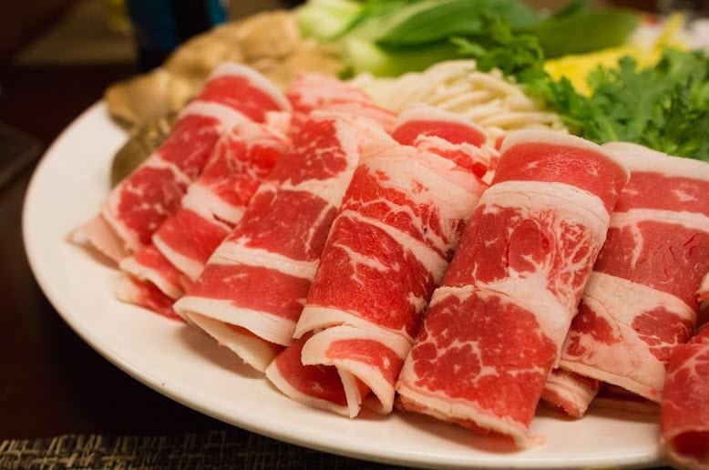 Chia sẻ một số kinh nghiệm cho bạn khi sử dụng máy thái thịt BERJAYA